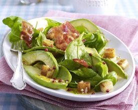 salat iz avokado 1