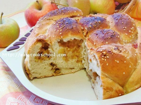 Дрожжевой постный пирог с яблоками